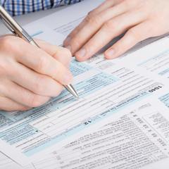USA 1040 Tax Form - 1 to 1 ratio