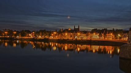 Maastricht bei Nacht