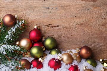 Advent - Deko auf Holz Hintergrund zu Weihnachten