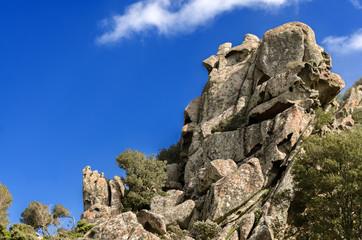 Sardegna, roccia caratteristica nel parco di Monte Genis