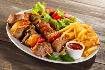Grilled meat and vegetables