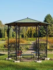 gazebo in the botanic garden - autumn
