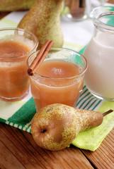 frullato di pera alla cannella