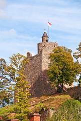 Die Saarburg oberhalb der gleichnamigen Stadt an der Saar