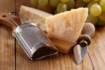 parmigiano con grattugia