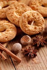 biscotti speziati alla noce moscata e cannella