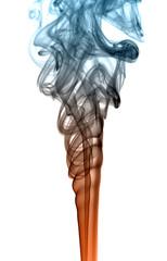 Kolorowy dym na białym tle
