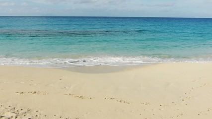 Strand kleine Wellen