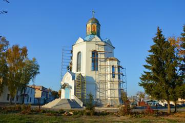 Храм и осень