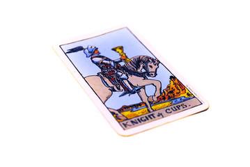 タロットカード カップ ナイト