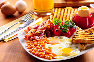 Bacon, eggs and toast breakfast. English breakfast