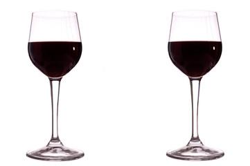 Bicchieri di vino rosso sfondo bianco puro
