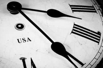 USA Black and white clock
