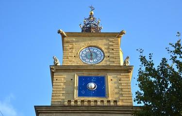 salon-de-provence : la tour de l'horloge