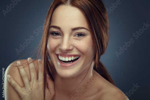 Poster Cheerful young woman beauty portrait