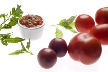 Tomatengrillsauce mit Knoblauch