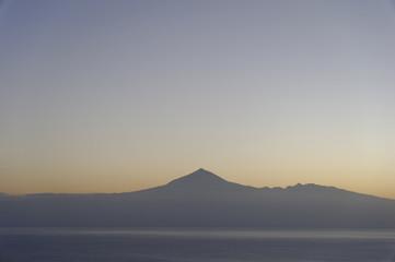 Blick auf den Vulkan El Teide im Morgenlicht