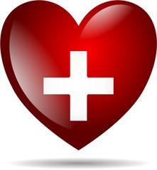Herz mit Kreuz isoliert