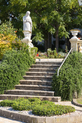 Escalier et statue à Crikvenica