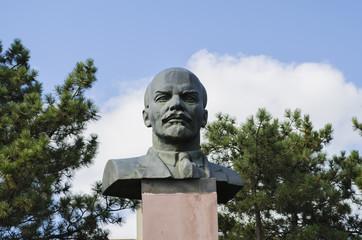 monument to Vladimir Ilyich Lenin