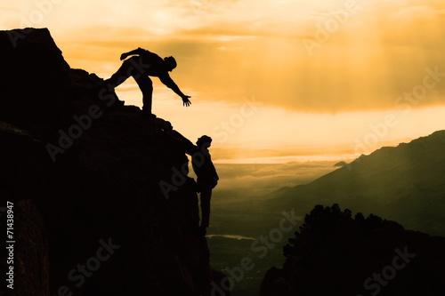 Poster Alpinisme zirvede yardımcı olmak