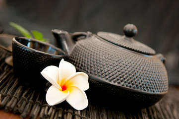 Black iron asian teapot - Green tea