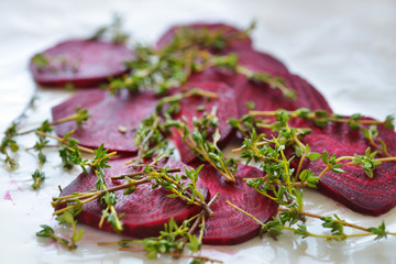 Raw beetroot and thyme