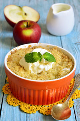 Apple and pear crumble.