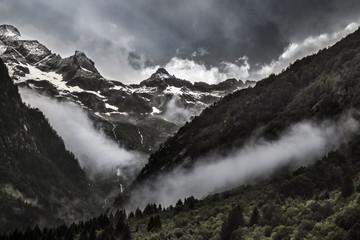 Nuvole Basse e Tempesta in Val Masino
