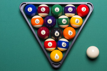 billiard balls placed in a triangle