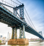 View of Manhattan Bridge on a overcast spring day - New York Cit - 71461774