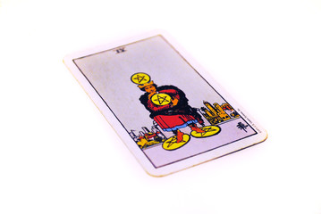 タロットカード  ペンタクル4