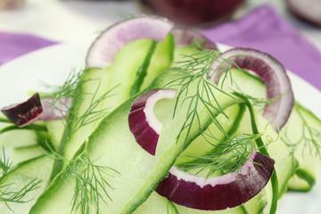 Gurkensalat mit Dill