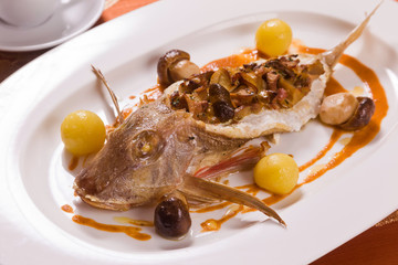 Red mullet stuffed with chanterelle