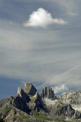 Nuvola sulle montagne