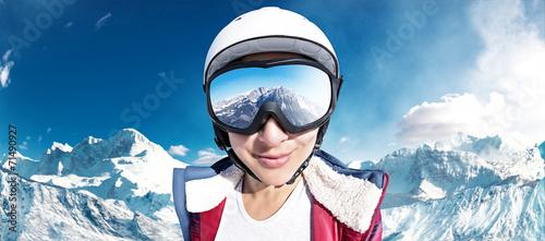Ski Girl - 71490927