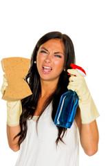 Hausfrau mit Stress beim putzen