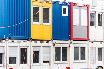 Container auf Baustelle