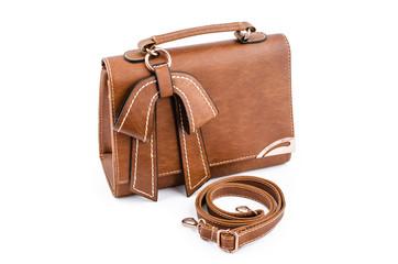 Коричневая сумка и ремень