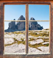 Blick aus dem Fenster - Drei Zinnen