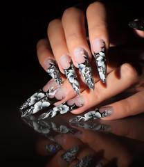 Art painting nails.