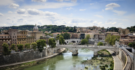 Italy, Rome, view of the Tevere River and Vittorio Bridge