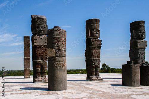 Aluminium Standbeeld Toltec sculptures