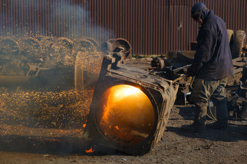scrap metal gas welding for refining