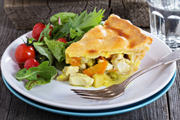 Savory pie with chicken