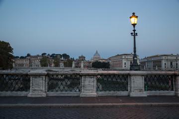 Engelsbrücke mit Vatikan
