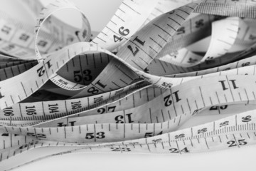 Untidy measuring tapes