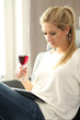 canvas print picture - Frau mit Weinglas