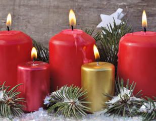 bougies ambiance fêtes de Noël