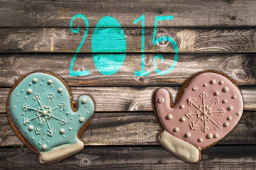 2015, gingerbread cookies on wooden background
